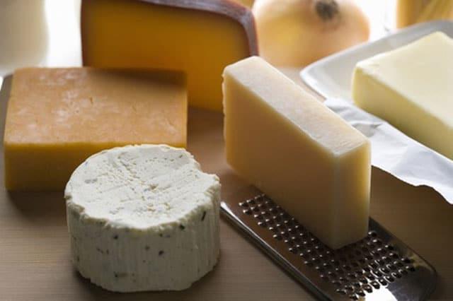 Eet geen harde gerijpte kaassoorten - Sleep tip: Do not eat hard ripe cheeses
