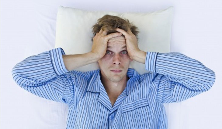stress slapeloosheid - Sleeping with stress? 9 Ways to Relax before Sleeping!